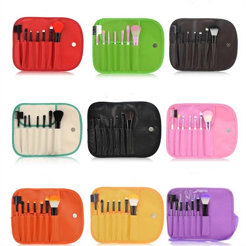 7 Portefeuille de style de maquillage brosse de maquillage outil 9 couleurs disponibles