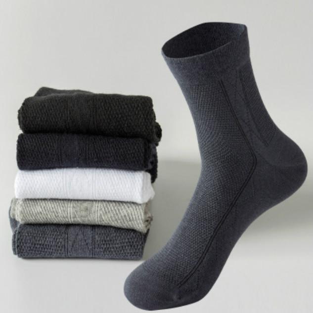 Herren Designer-Socken Handcrafted Mesh für Sommer ultradünne Socken Deodorant Summer Long Schlauchschweißabsorption Breathable Strümpfe New