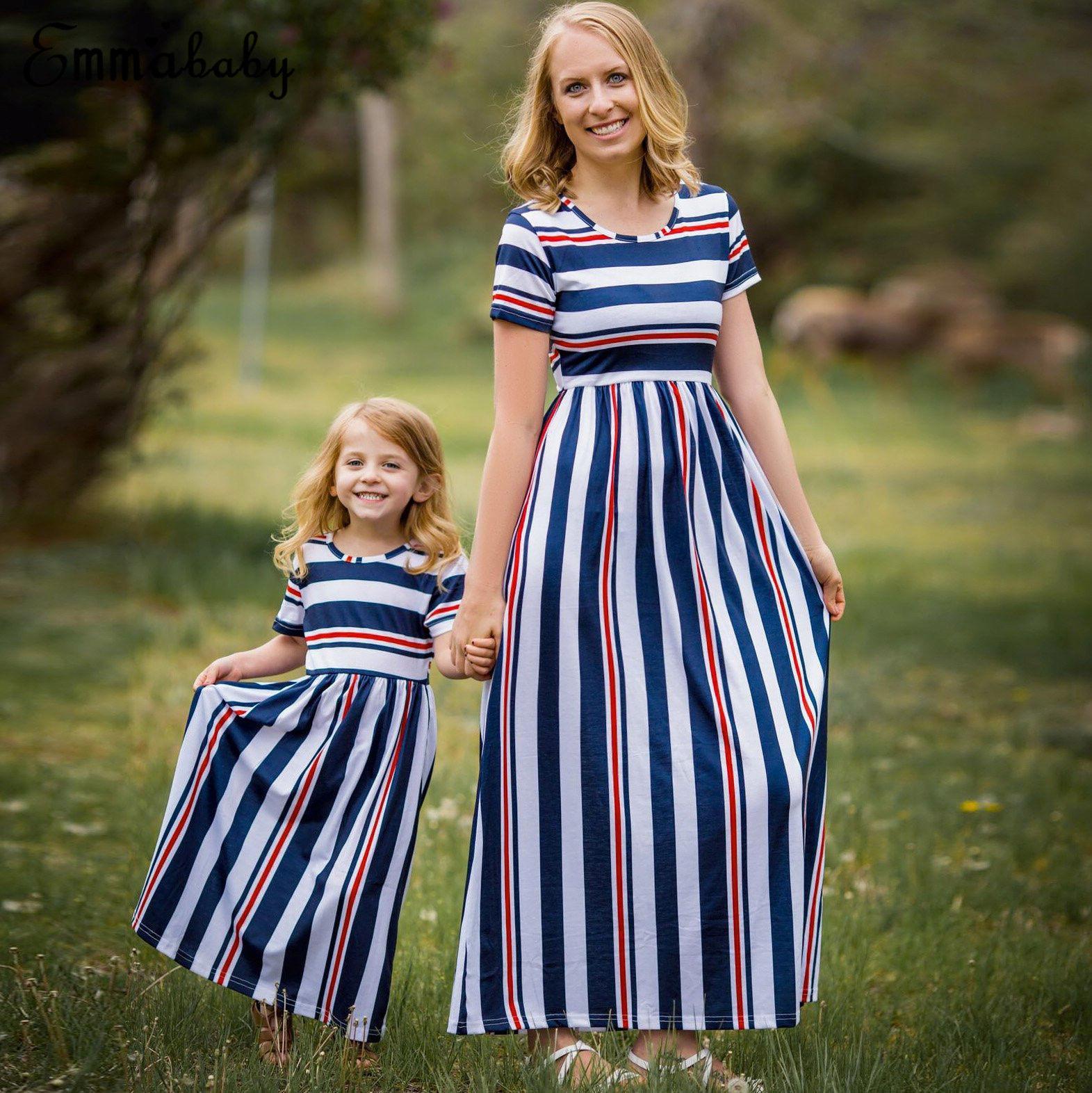 Robe famille Mère et fille Matching filles fille Stripe cheville longueur robe