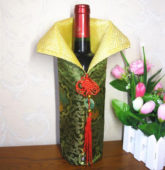 Chinese Handmade Silk Wine Bottle Cover With Chinese Knot New Year Christmas Table Decoration Bottle Cover Bags SN2496