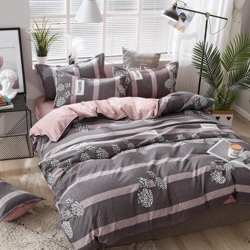 Designer Bett Bettdecke Sets 4pcs Bettwäsche-Set Einfache Druck Quilt Bettbezug Kopfkissenbezug Bettlaken Abdeckung Heimtextilien Bettwäsche-Set