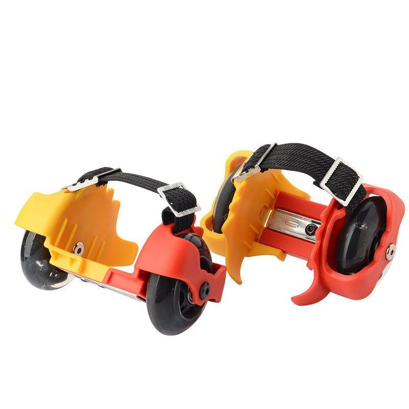Un nuevo tipo de patines de ruedas para niños con ruedas de polea de llama zapatos de mudos Flash de Niños patines ajustables con la llama