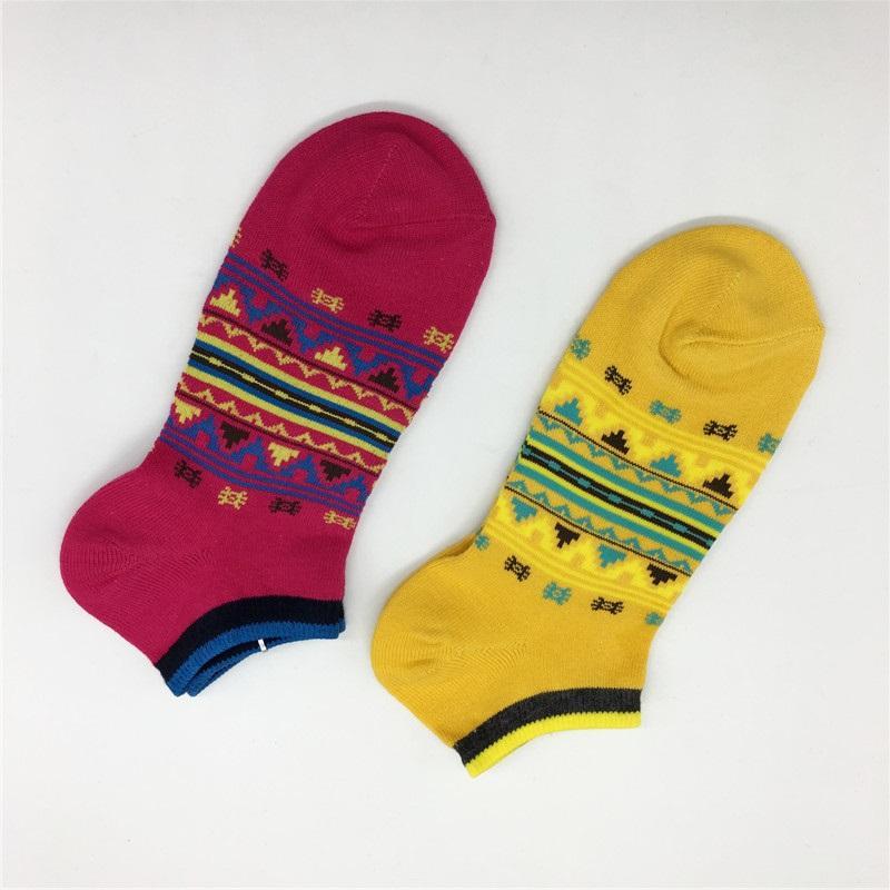 20SS Fashion Summer Mens Women Solid Color Short Sock Cutton Blend Comfortable Teenagers Socks Active Socks Mens Underwear
