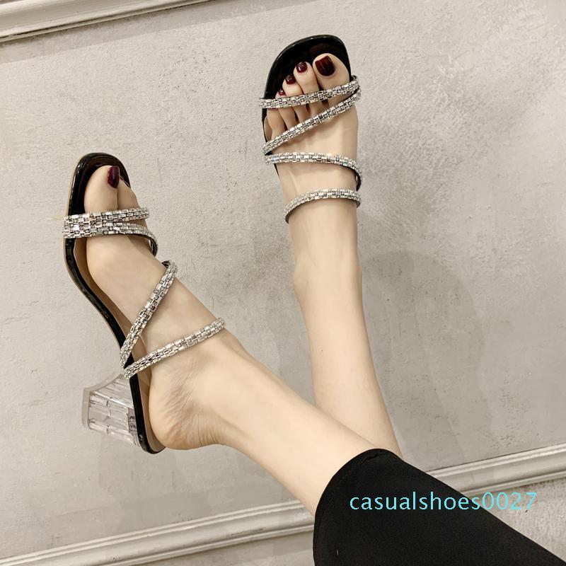 Rhinestones Bant Temizle Topuklar daraltın Terlik Kadınlar Şeffaf Kare Topuk Sandalet Yaz Kalın Topuk Terlik Kadınlar Sandalet C27