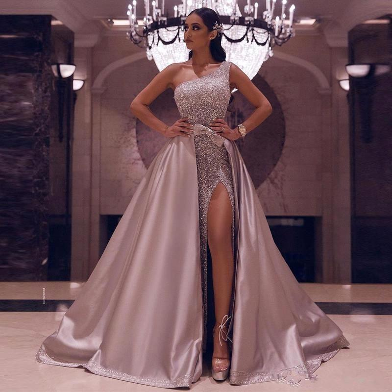 2020 Sparkly Rose Gold Sequined One Shoulder Prom Dresses Luxury High Side Split Evening Gown With Detachable Train Long Formal Party Gowns