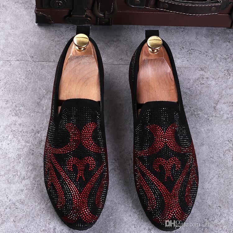 Nueva venta caliente de los hombres Liesure Shine Doug zapatos de vestir planos sin cordones del dedo del pie puntiagudo color sólido mocasín de boda dh2a40