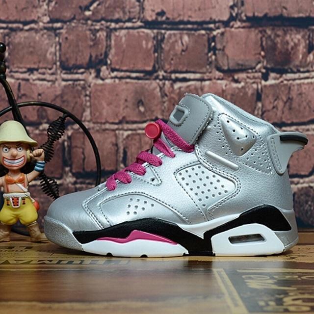2020 niños baratos zapatos atléticos 6 zapatos de baloncesto de los niños J6 deporte atlético zapatillas de deporte para los niños y niños pequeños niña regalo de cumpleaños 6XCO0