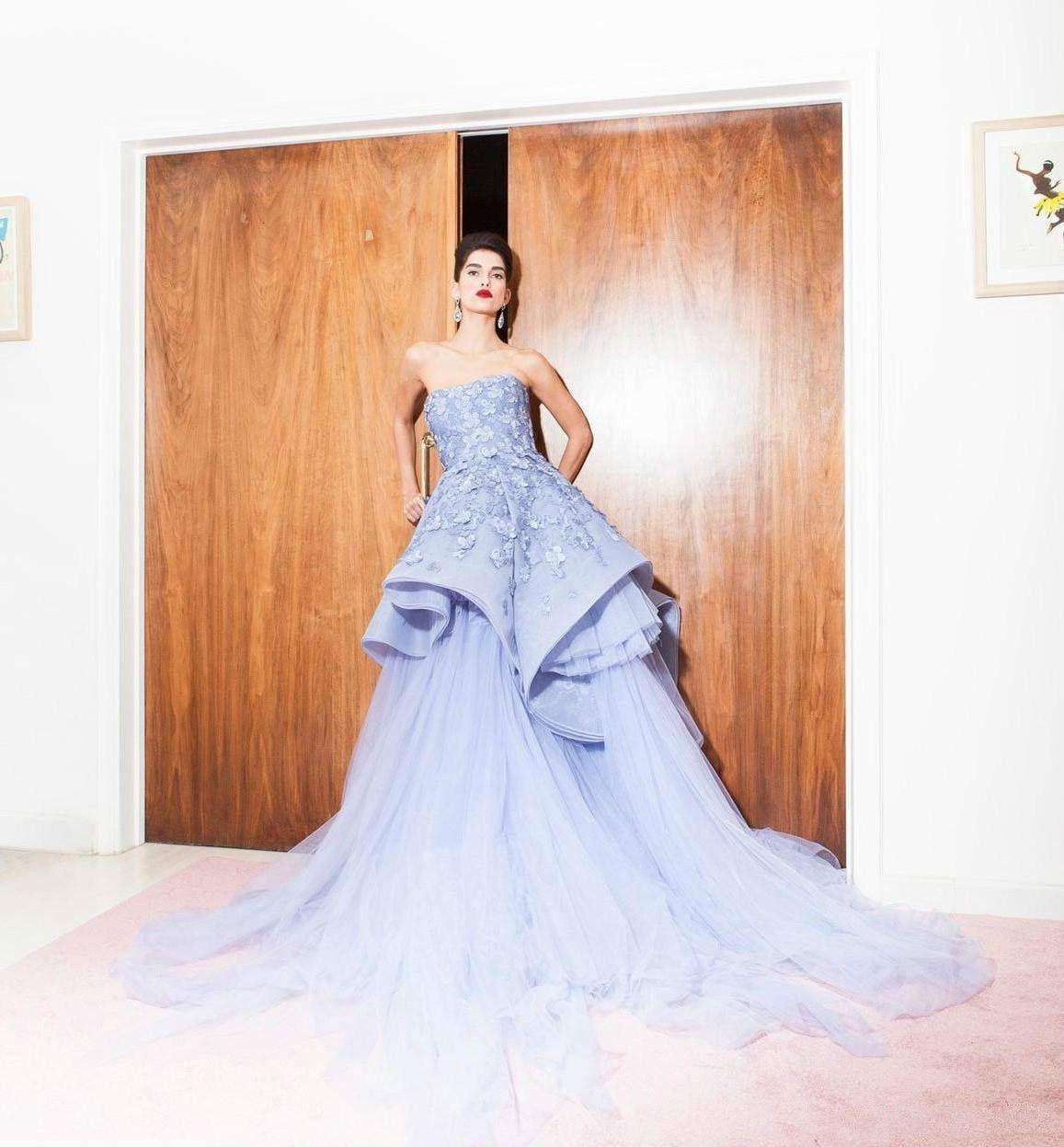 2020 Elie Saab Evening Dresses Long Strapless Appliques Party Wear Tulle Tiered A Line Formal Prom Dress robes de soirée