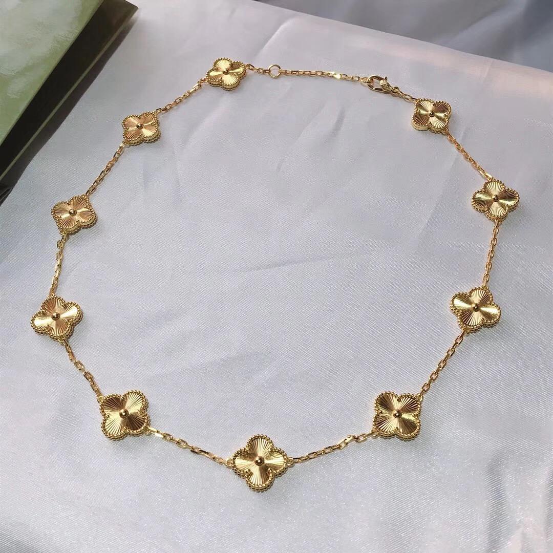 S925 Silber Heißer Verkauf Top Qualität 10pcs Blumen-Anhänger Halskette aus 18 Karat Gold überzogen für Frauen Hochzeit Schmuck Geschenk-freies Verschiffen PS8015
