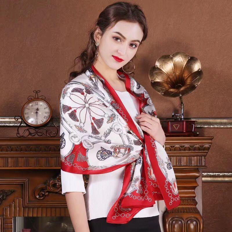 Frauenmädchen 100% Echte Maulbeerseide Satin SCHAL-Wickelschal Sarongs Silk Neckerchiefs 180 * 55cm Fabrikverkauf MISCHTE 30 PC / Los # 4105