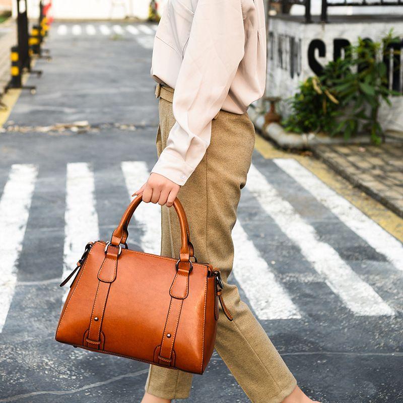 Pop2019 Woman Bale Bag Genuine Leather Demeanour Diagonal One Shoulder Ma'am Package
