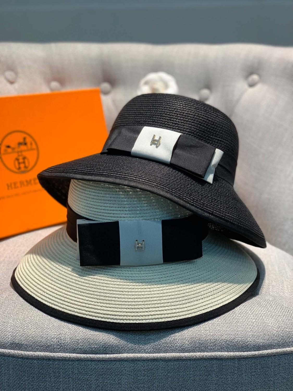 Il nuovo cappello di paglia ha dettagli raffinati, semplice e generoso, ed è la prima scelta per tutti i tipi di articoli Girls accessori