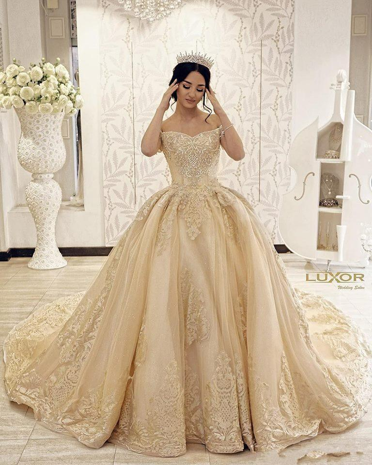 Off Shoulder Gold Lace Appliques Ball Gown Wedding Dresses 2020