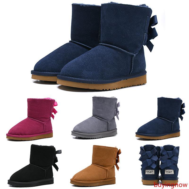 Tasarımcı Çocuklar Boots WGG Avustralya Kar Kış Boots Bailey Bow Çocuk Kız Erkek Üçlü Siyah Pembe Haki Bilek Patik 26-35
