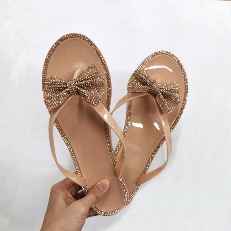 2020 nuevas mujeres del verano del Rhinestone de los fracasos de tirón deslizadores de señoras del arco dulces de PVC de fondo plano transpirables zapatos Mujeres Beach