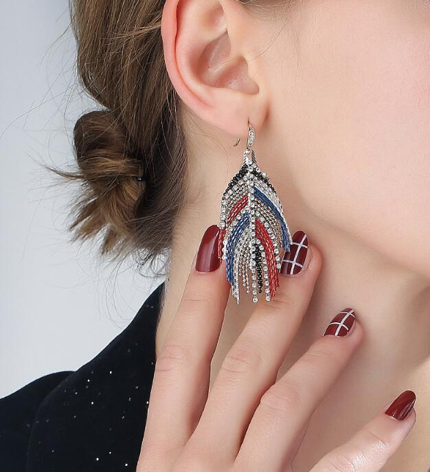 Kadınlar Bohemian Kristal Püskül Küpe Etnik Stil Retro Uzun Bırak Dangle Püsküller Küpe Fo 2020 Yeni Moda Stud Küpe