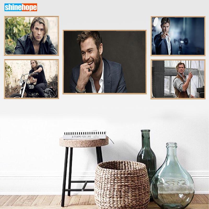 Chris Hemsworth Poster Personalizzato Canvas Poster Art Decorazione domestica Panno Tessuto Stampa murale Tessuto di seta 30X45cm, 40X60cm