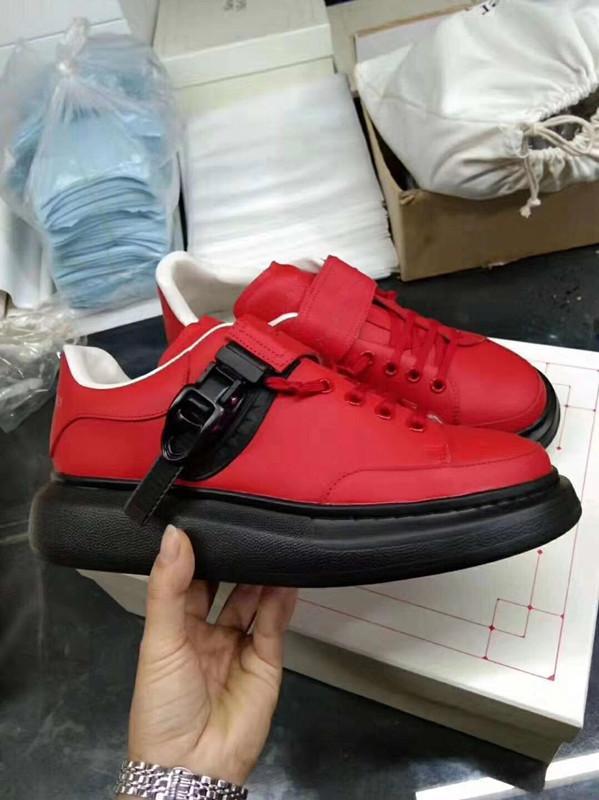 Diseño de lujo de los hombres zapatos de las zapatillas de deporte de moda mujeres de la plataforma del partido del color del remiendo de vestir zapatos de cuero Zapatos casuales entrenadores AFff04
