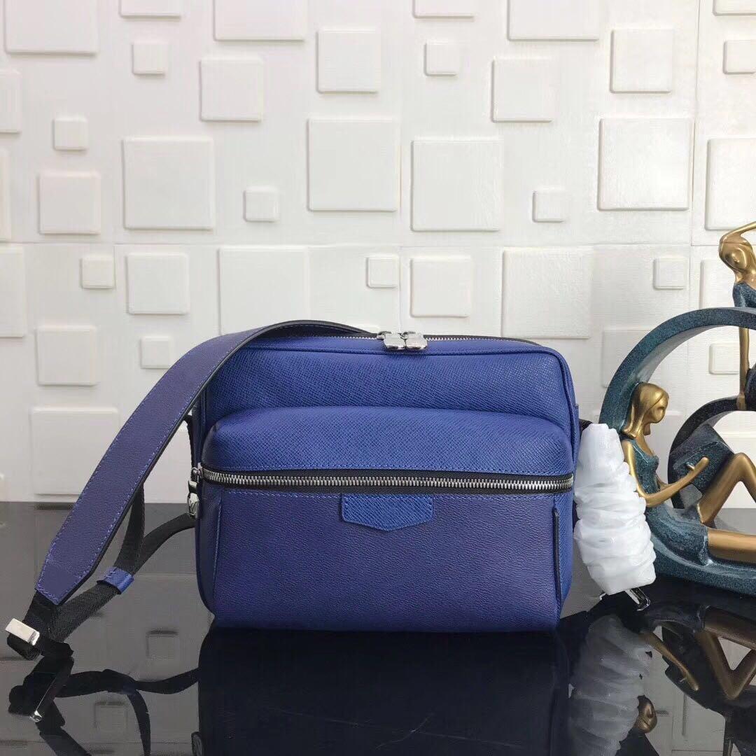 حقائب ذات جودة عالية للرجال في الهواء الطلق حقائب الكتف للرجال الكلاسيكية وحقائب اليد الصليب الجسم حقيبة حمل للرجل محفظة رسول حقيبة رجالية