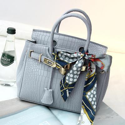 V Wave Classic superiore del modello Flap Bag catena Olio Cera Vera Pelle del sacchetto di spalla Designer Borse Crossbody borsa Messenger