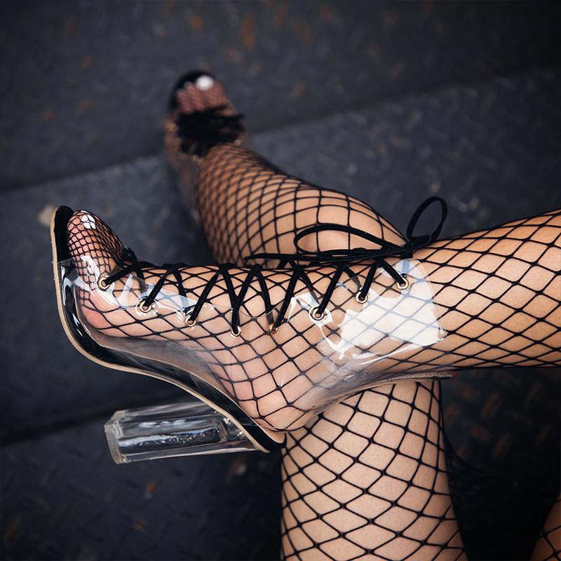 Sapatos Mulheres Sexy Ladies Transparente Vinyl Cross-Amarrado Peep Toe Bling Praça salto sandálias com saltos 014C2069 -49