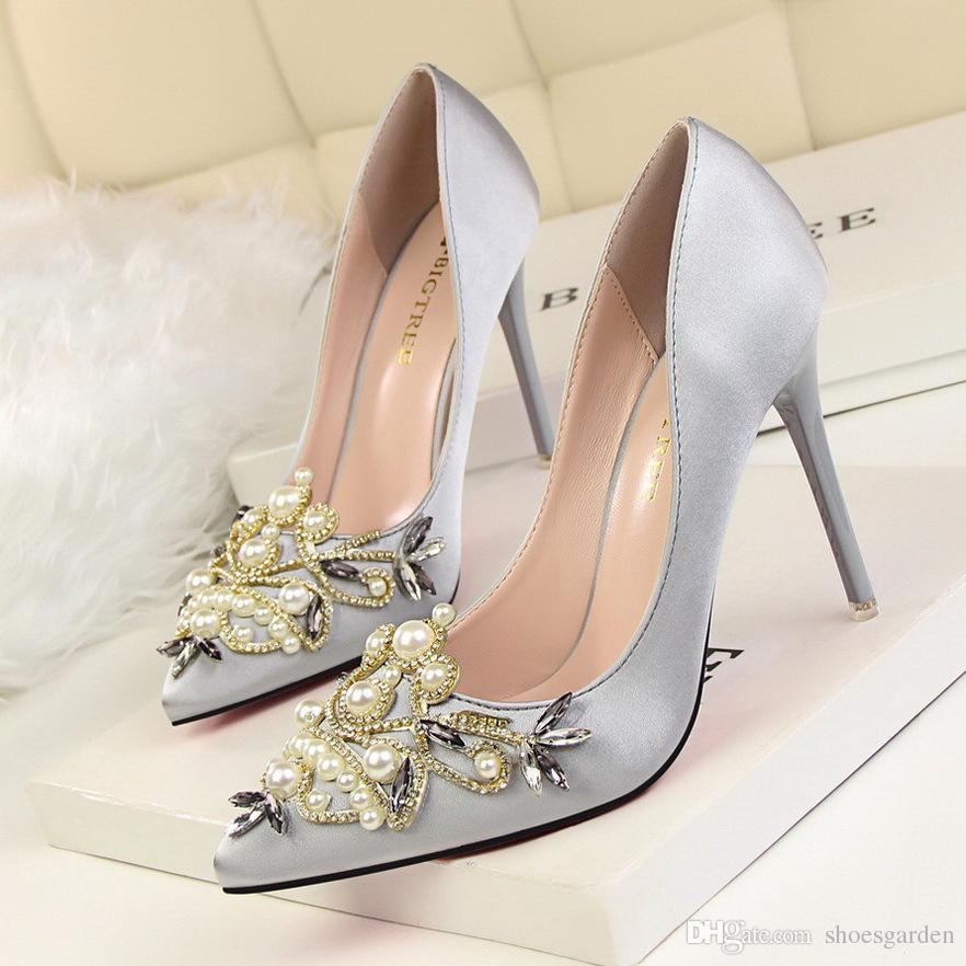 Scarpe Sposa Di Lusso.Acquista Scarpe Da Sposa Di Lusso Di Perline Di Cristallo Grigio