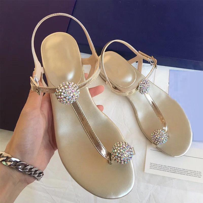 2020 Scarpe lucido di modo di cristallo Donne Sansals estate diamante Flats femmina causale Beach Sandali Scarpe