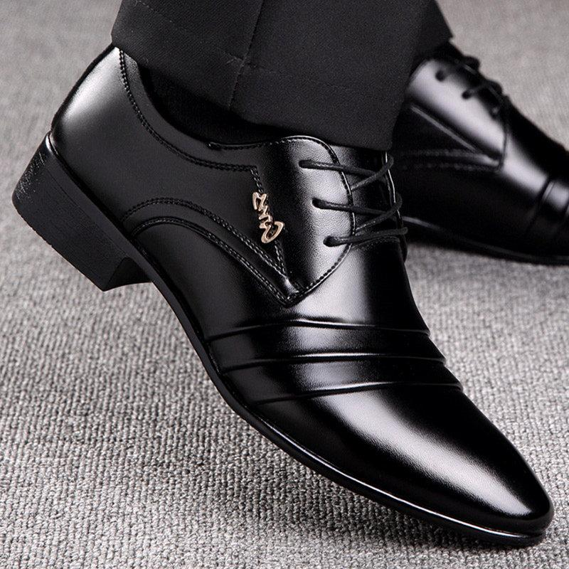 New Male Leather Shoes Breathable Pointed Toe Men Dress Shoes Lace-up Solid Business Leather Shoes Black Flats