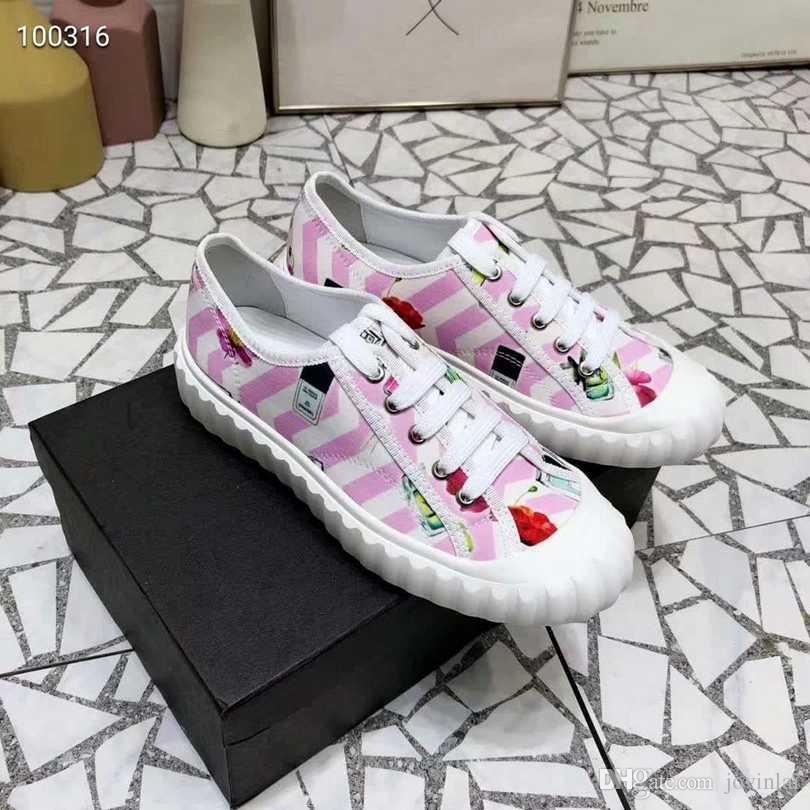 Novas senhoras francesas casuais e confortáveis sapatos de moda selvagem das mulheres importadas material original resistente ao desgaste de borracha fundo EU35-41