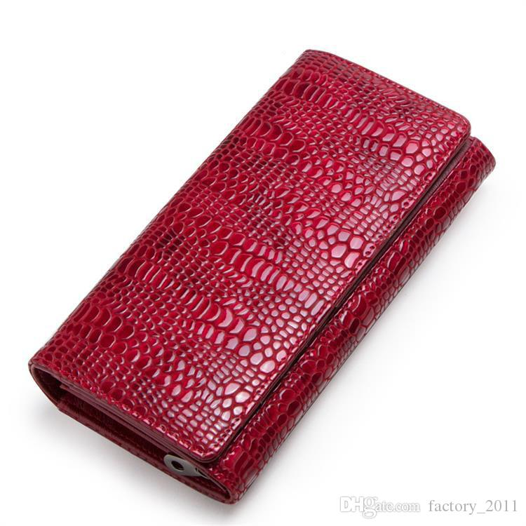 Designer Brand Woman Long Wallets Fashion Lady Real Leather Purse Alligator Pattern Fancy Lady Clutch Bags Red Color Large Capacity C2162