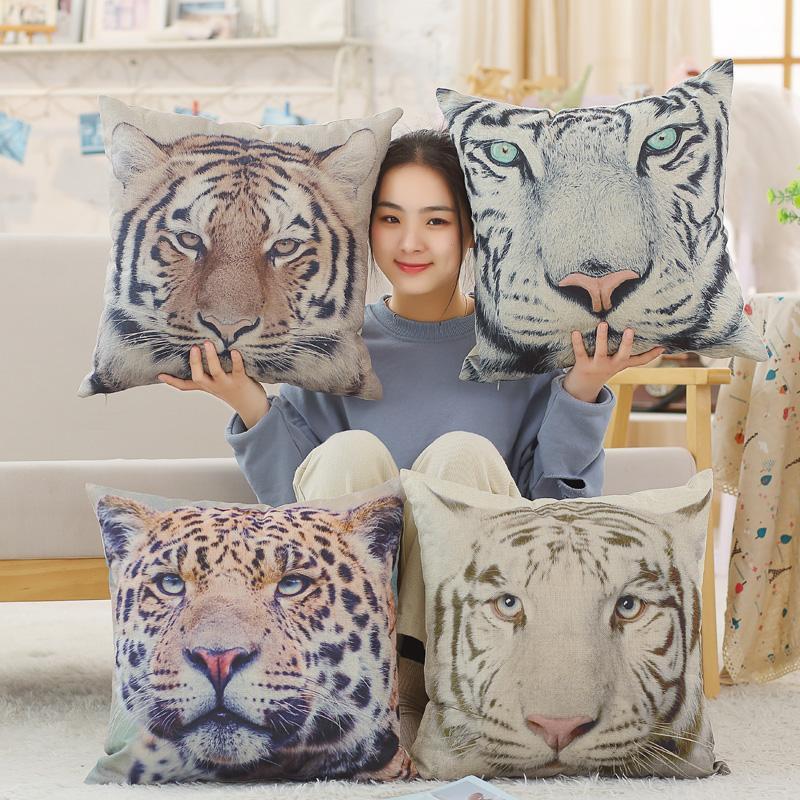 Four Seasons Convient Linen Animaux sauvages en peluche Oreiller Coussin carré Canapé Chaise Décor Coussin Tiger / Elephant / Eagle / Gorilla / Lion