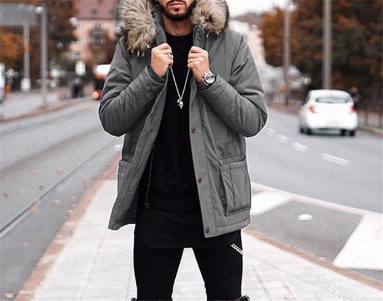 Mens конструктора меха с капюшоном пальто зимы сплошного цвета вскользь сыпучий образец с длинными рукавами Толстые пальто Мужская мода пальто