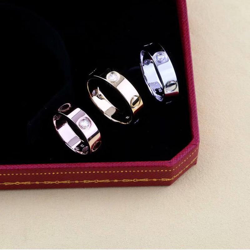 2019 aço inoxidável New Classic acoplamento amor ouro casado anéis de casal para Man Woman Fashion Designer Eterno Zircon jóias de Womens