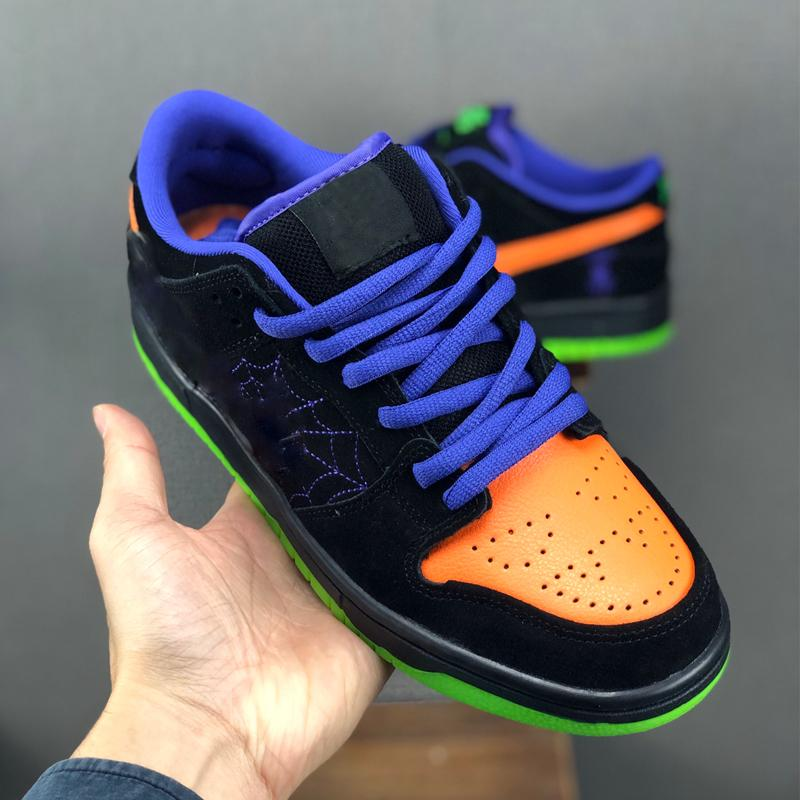 2020 Yeni Cadılar Bayramı Koşu Ayakkabı Yaramazlık Siyah Toplam Turuncu Mahkemesi Mor Volt Spor Kaykay Spor Ayakkabılar 36-45 Of Men SB Dunk Düşük Gece