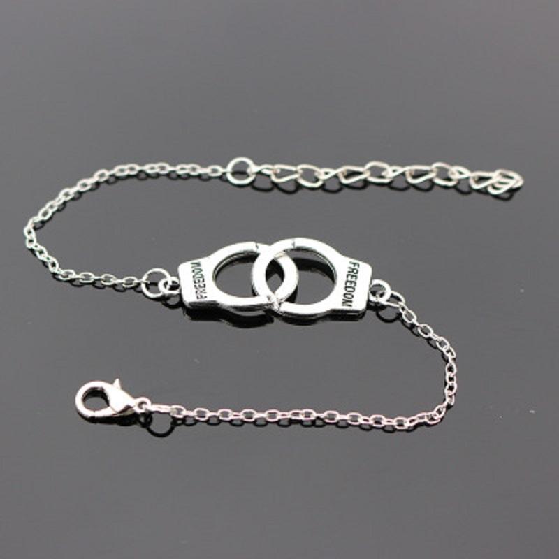 Designer Handcuffs Punk Charm Bracelets Bangle for Women Silver Bracelets Vintage Chain Bangles Statement Jewelry Boho Gift Wholesale