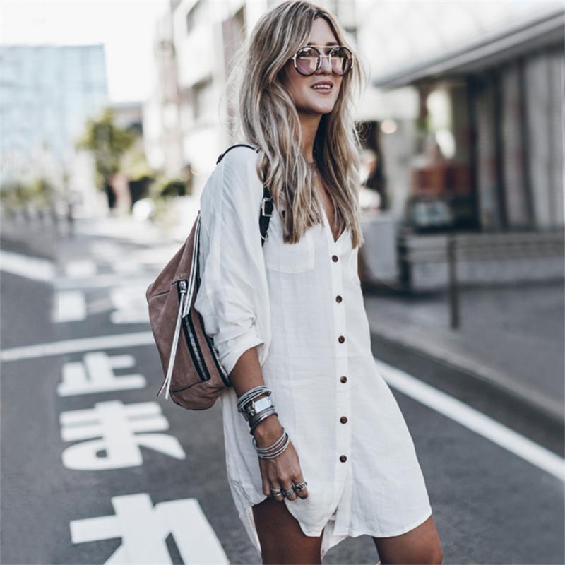 Weiße Baumwolle Blusen Vertuschungen Frauen Sexy Maxi-Strandkleid Frau Taschen-Hemd Bikini Bademode Tuniken Turn-Down-Kragen Dres