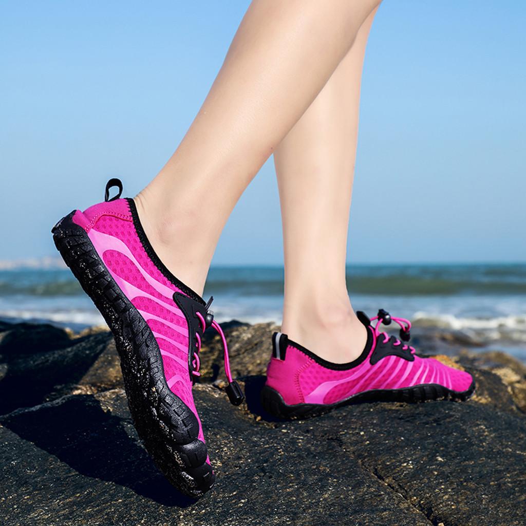 الأزياء والأحذية النسائية المياه الرياضة جاف سريعة حافي القدمين جوارب السباحة شاطئ المشي YOG إمرأة حذاء
