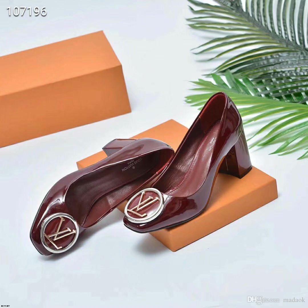 19SS 2019 Spring Chaussures Femmes bout carré talons hauts Chaussures de ville Bowtie Chaussures bateau de talon moyen Pompes femme Slip sur les chaussures pour dames