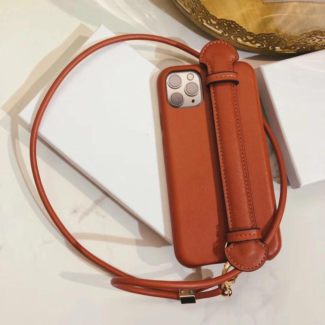 ينطبق الفاخرة الهاتف حالة الغطاء الواقي 11 iPhoneX / XS لينة قذيفة مقاومة انخفاض الإبداعي الهاتف المحمول قذيفة جلدية الحبل المعصم