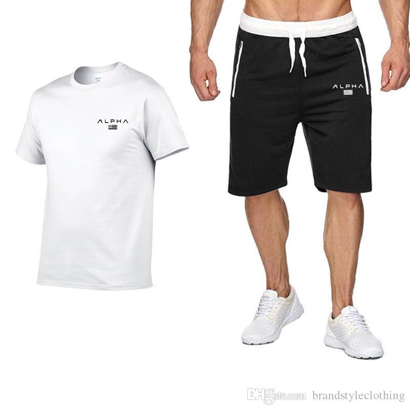 Marca Designer Luxo Mens Fatos Verão T-shirt + Pant Sportswear Moda Sets Casual manga curta Correndo Jogging melhor qualidade Plus Size