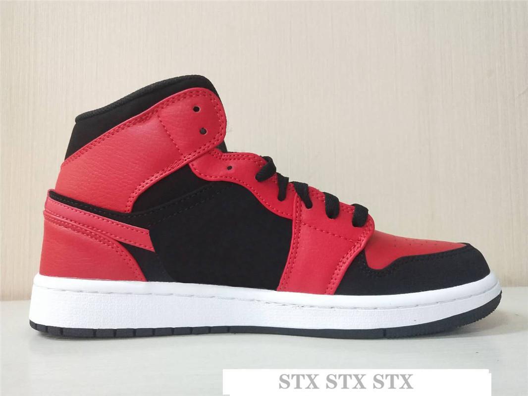 1s Yüksek OG Travis Scotts Tasarımcı Basketbol ayakkabıları Jumpman UNC 1 3 Mens hürmet etmek Home Royal Mavi Erkekler Spor Tasarımcı Sneakers Eğitmenler I14