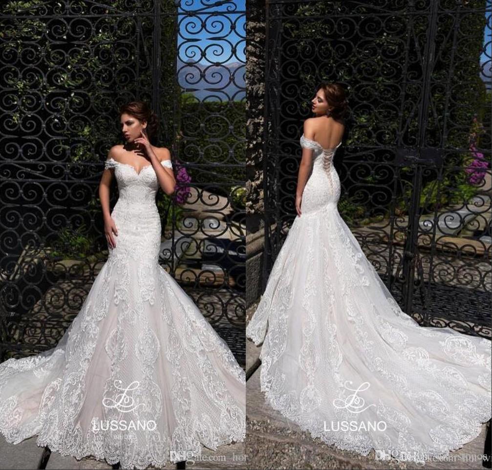 Hot Lace Mermaid Wedding Dresses 2019 Summer Sheath Bohemian Bridal Gown Plus Size Cheap Off Shoulder Beach Wedding Dress Custom Made