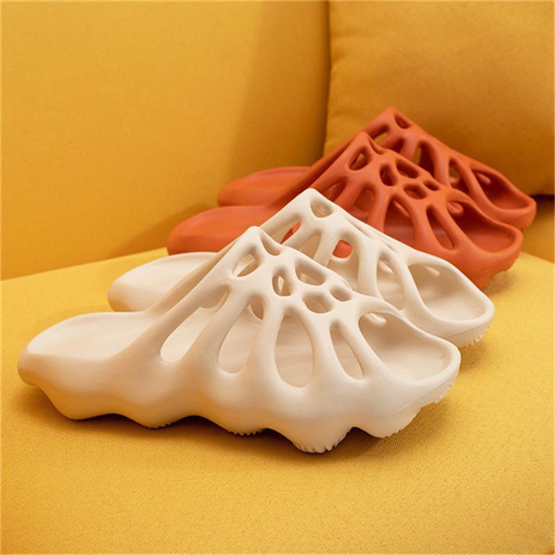 기어 슬리퍼 최신 디자이너 플립 슬리퍼를 퍼 망은 미끄럼 방지 여름 슬리퍼 인과 스트라이프 샌들을 밀어 바닥에 닿을