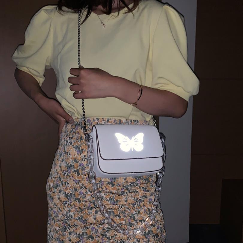 Mulher Bags 2020 New Hot acrílico transparente Corrente Grossa quadrado pequeno saco reflexiva Única borboleta Messenger Bag Ombro