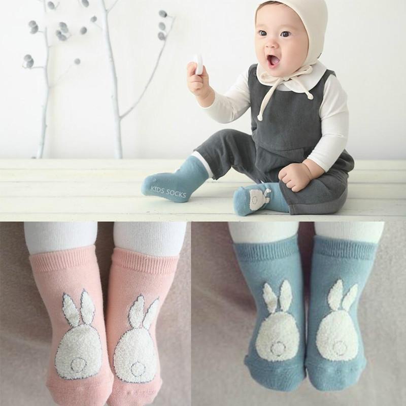 ¡¡Nuevo!! 2020 primavera / otoño invierno estrella del bebé Dibujos de algodón Calcetines Niños Niñas niño recién nacido del niño desgaste antideslizante Suelo de Calidad