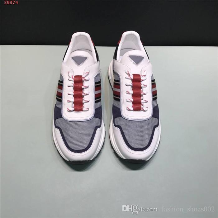 Мужские тапки с разнообразием материала сплайсинга и смешением цветов дышащей сетки, низко верхней шнуровкой спортивной обуви с оригинальной коробкой