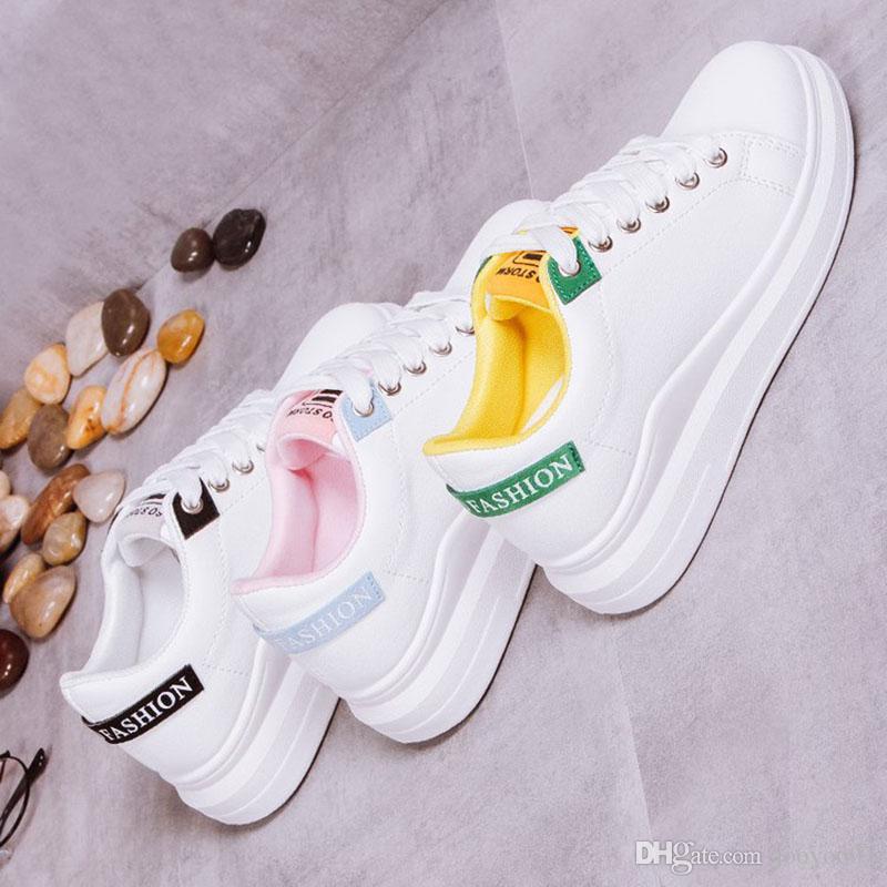 Primavera e Outono Moda respirável Sneakers Mulheres Selvagem Confortável Simples respirável planas branco casual sapatos pequenos