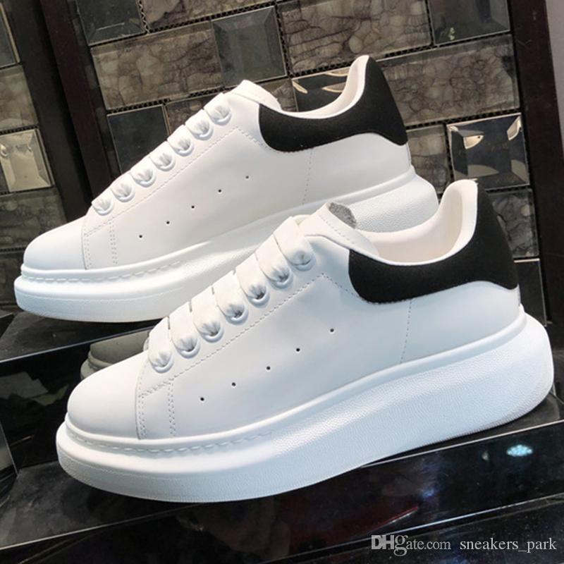 Plateforme de luxe Designer Chaussures Réfléchissant Triple Noir Velours Blanc Doré Hommes Femmes Casual Sneakers Robe De Soirée De Mode En Cuir Chaussures