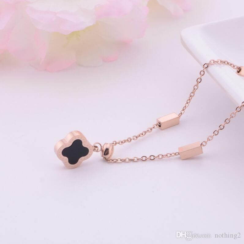 Collier créateur de bijoux de luxe pour les femmes collier pendentif trèfle en acier titane mode chaud sans expédition
