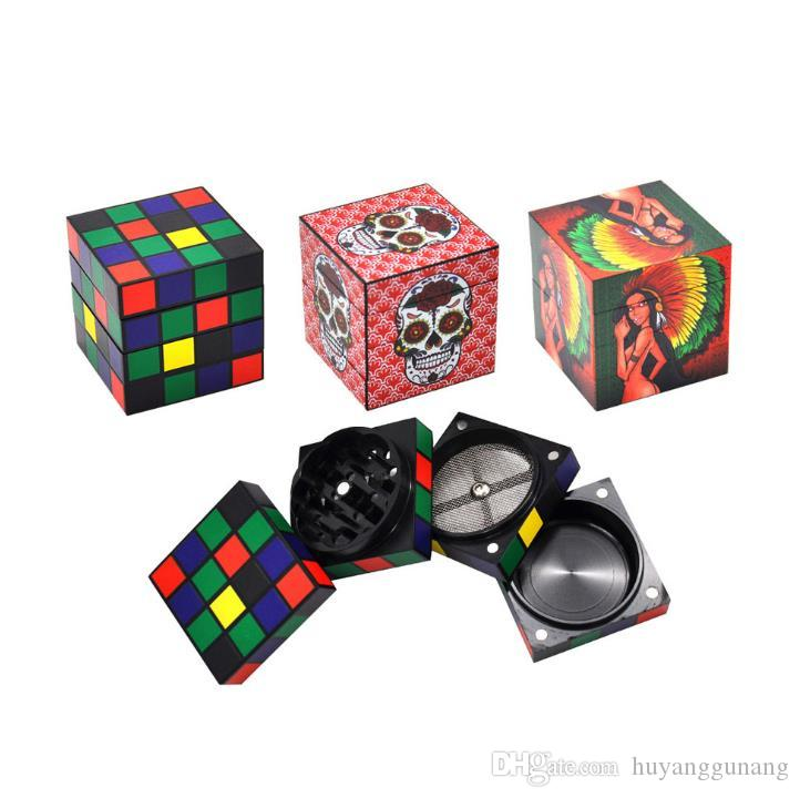 The printing pattern of the new type of magic cube metal smoke grinder with diameter of 50mm can be customized